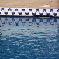 1208072_swimming_pool