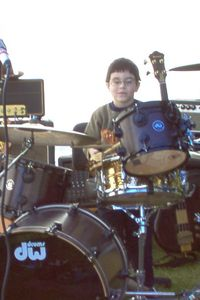 Tommy on drums_2