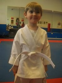 L with white belt