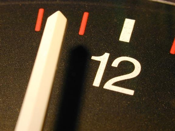 Clock2504